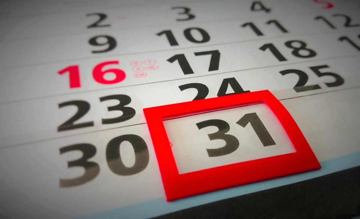 ¿Cuantos días tienen cada uno de los meses del año? explicación y truco