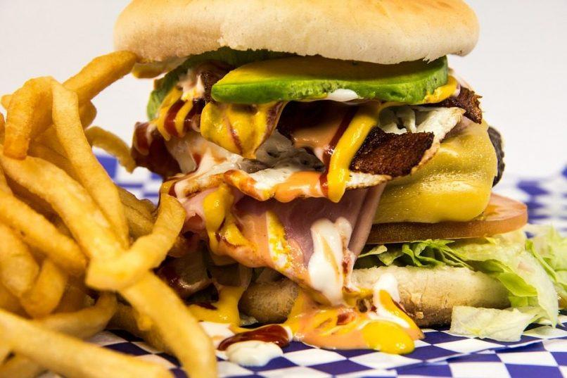 La comida rápida sube el colesterol