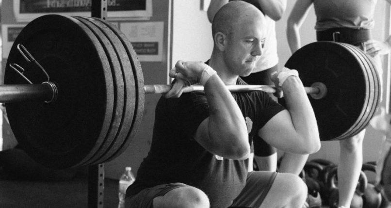 Levantar pesas de forma correcta