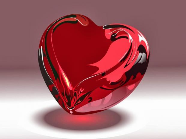 Corazón rojo de cristal
