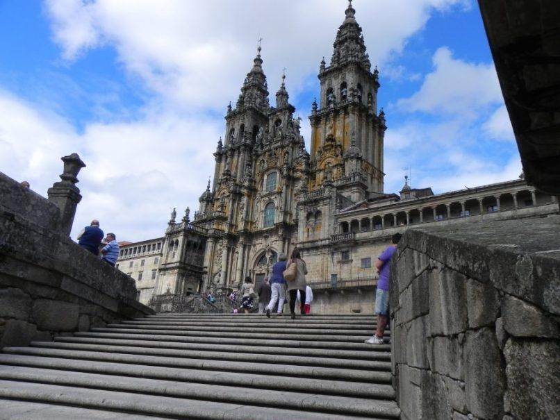 Escaleras delante de la Catedral de Santiago