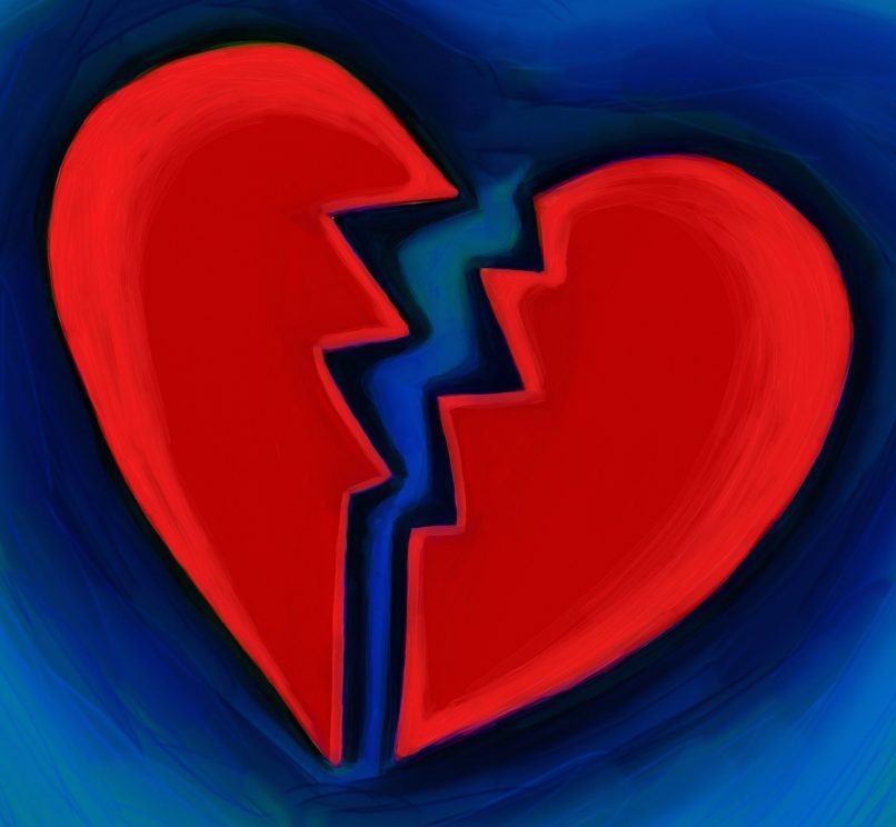 Corazón partido en dos partes