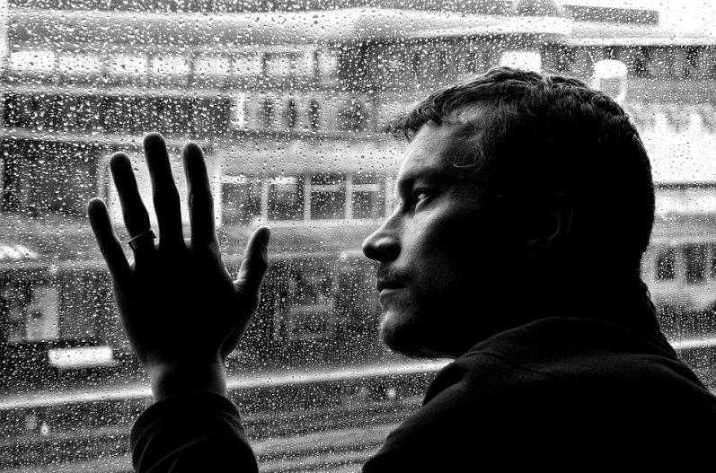 ¿Cómo olvidar a un amor? Los mejores consejos para superar un desamor