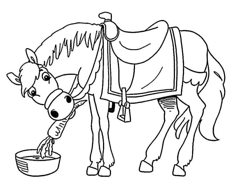Bonito caballo comiendo listo para ser coloreado