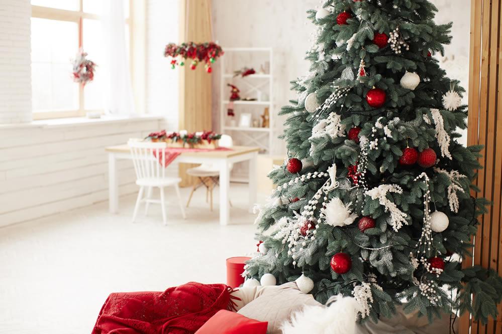 Árbol de Navidad con luces